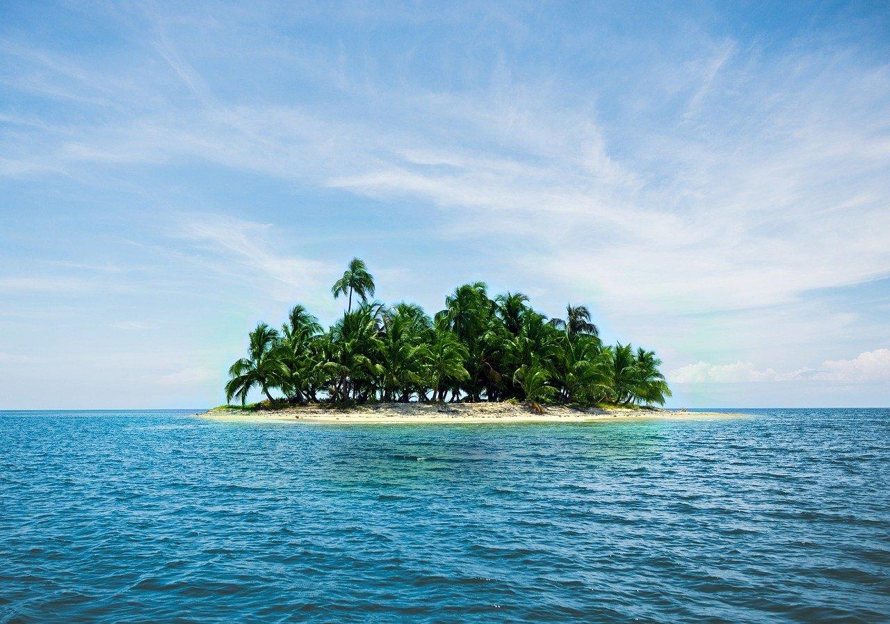 Kodėl in saloje beveik nebūna kritulių?